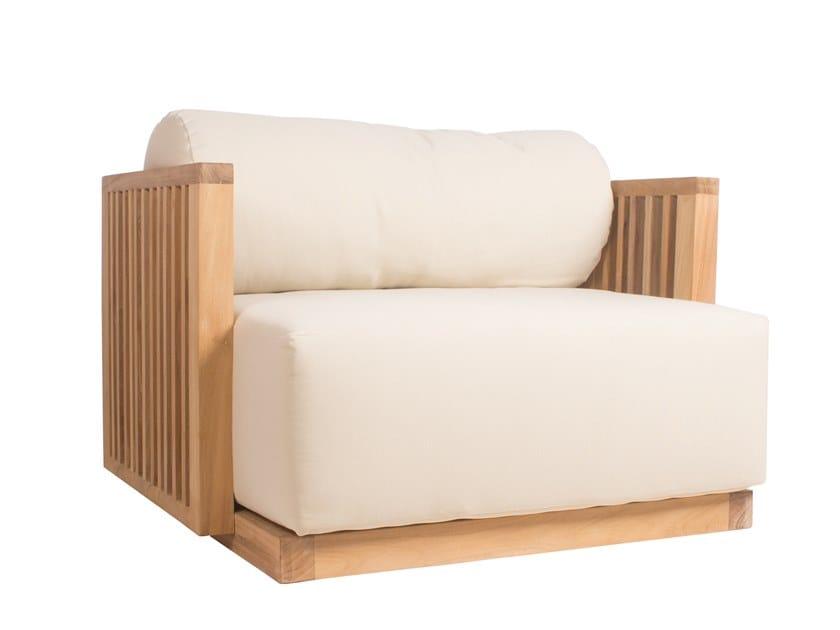 Teak garden armchair with armrests CODE | Garden armchair by Il Giardino di Legno