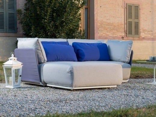 Sectional fabric garden sofa COMBO FOR OUT | Garden sofa by iCarraro