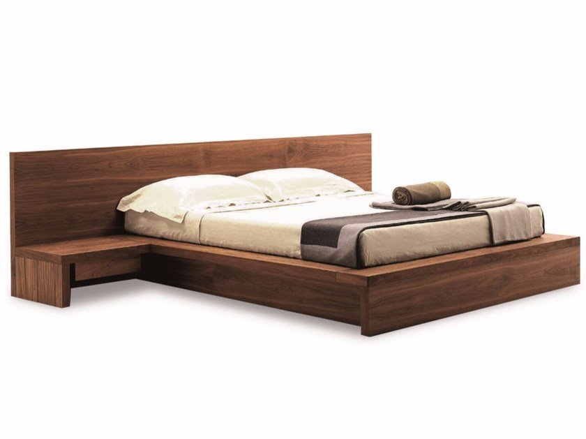 Multi-layer wood double bed COMO | Bed by Riva 1920