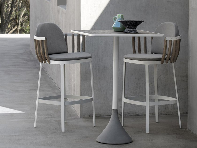Square high table CONCRETO | High table by Ethimo