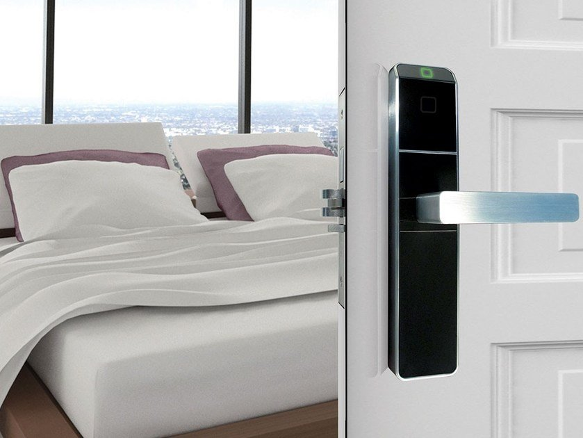 Electronic lock for hotels CONFIDANT by Dormakaba