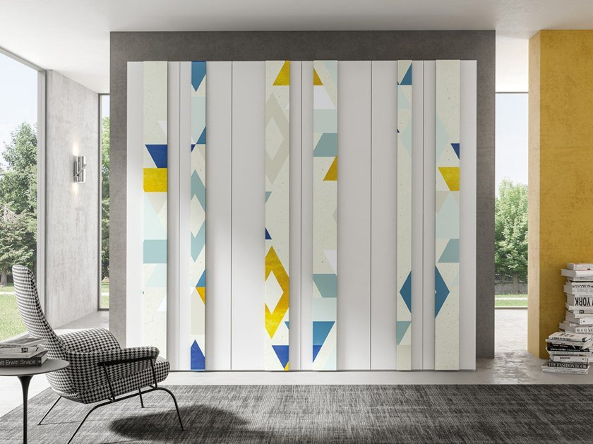 Wardrobe with hinged doors CONFIGURATION 373 by TUMIDEI