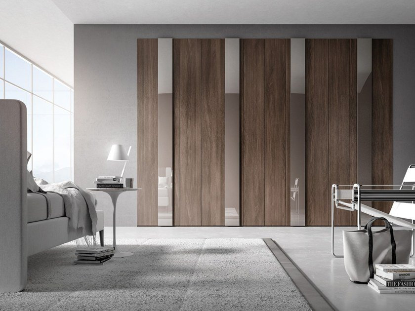 Wardrobe with hinged doors CONFIGURATION 376 by TUMIDEI