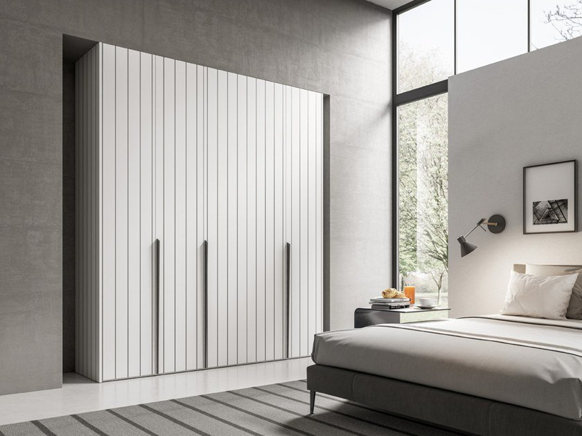 Wardrobe with hinged doors CONFIGURATION 381 by TUMIDEI