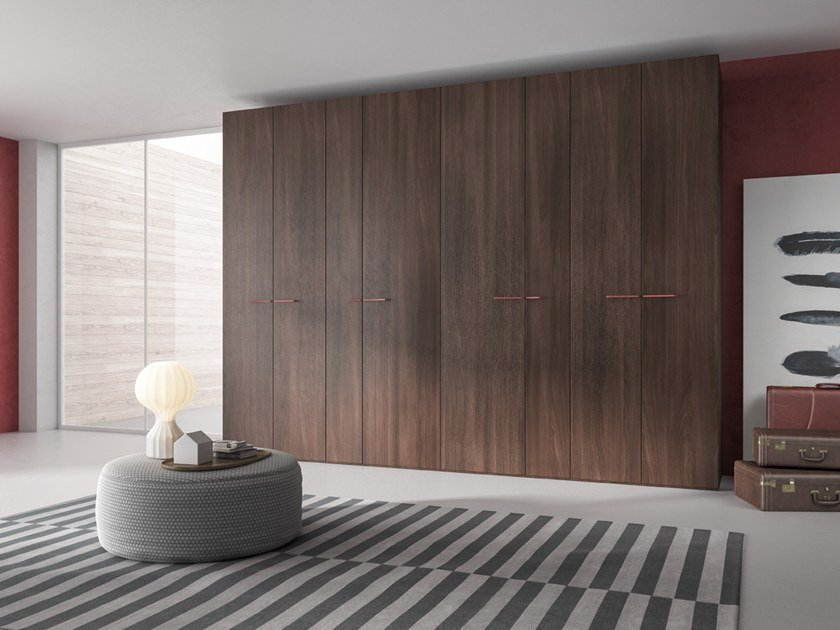 Wardrobe with hinged doors CONFIGURATION 383 by TUMIDEI