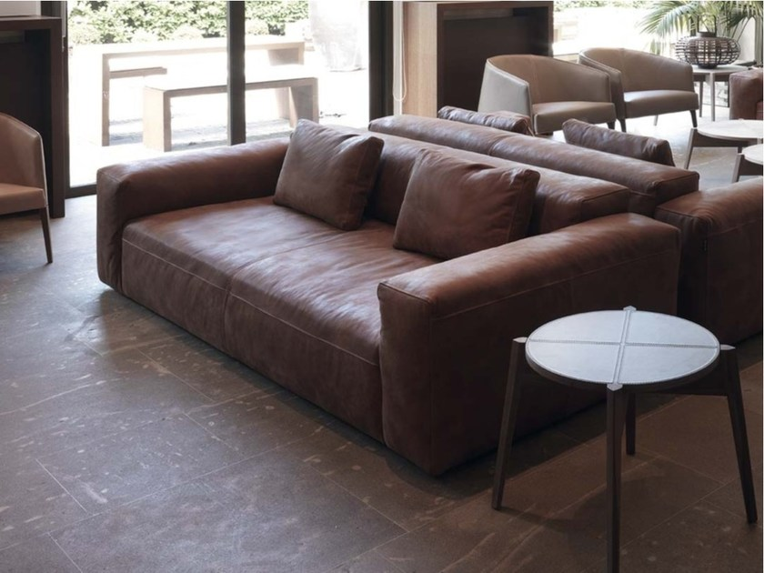 Contemporary style 3 seater upholstered leather sofa COOPER | 3 seater sofa by Frigerio Salotti