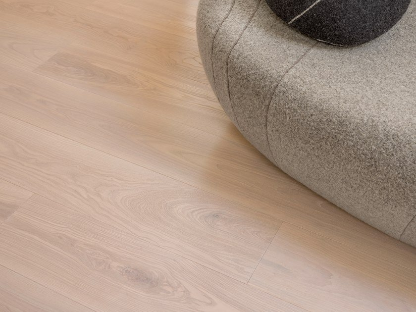 Ash wall/floor tiles COR ASH - DEEP WHITE/NATURED by mafi