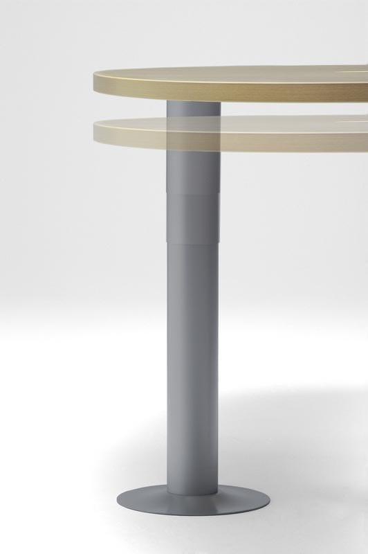 CORA Scrivania rettangolare - Particolare colonna regolabile 67/79 cm