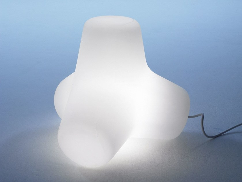 Polyethylene table lamp CORAL | Table lamp by Derlot Editions