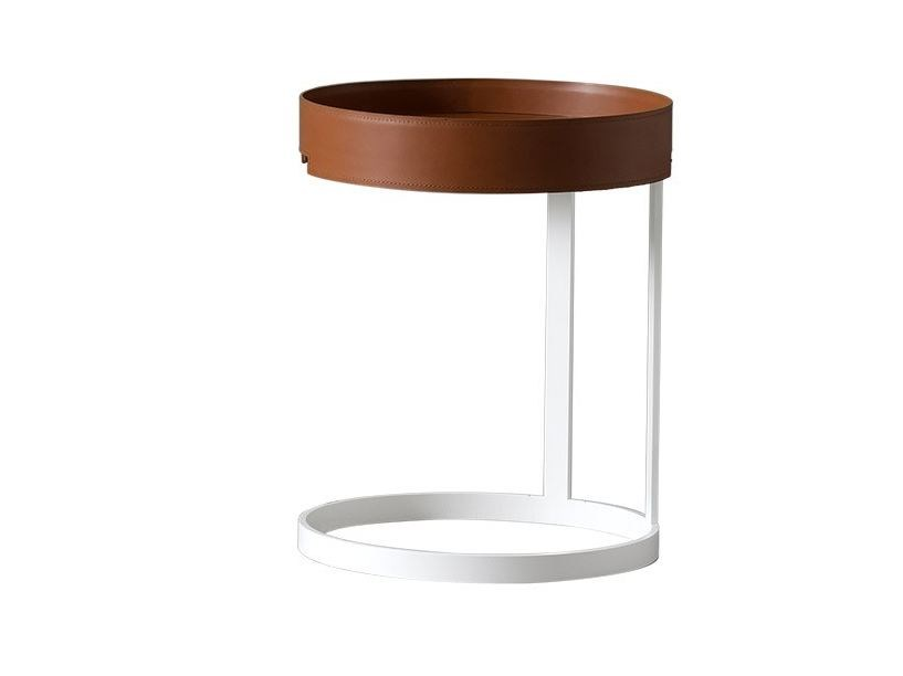 Round tanned leather bedside table CORALLO by Chaarme