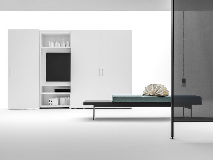 Lacquered wardrobe with built-in TV CORE | Wardrobe with built-in TV by Caccaro