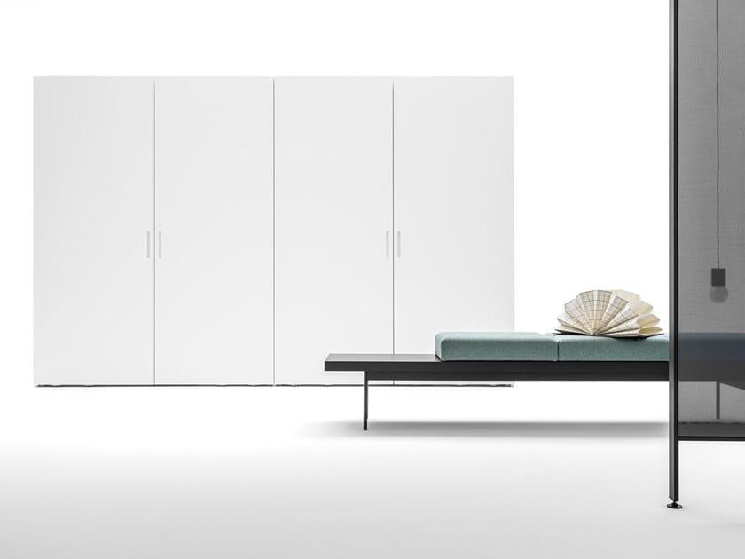 Wardrobe with coplanar doors CORE | Wardrobe with coplanar doors by Caccaro