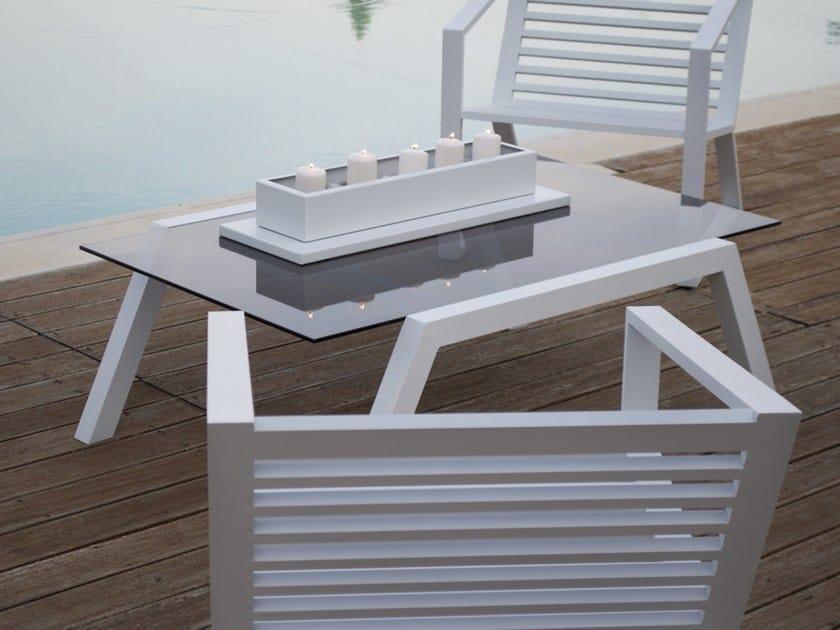 Low rectangular glass garden side table CORNER | Aluminium coffee table by Efasma