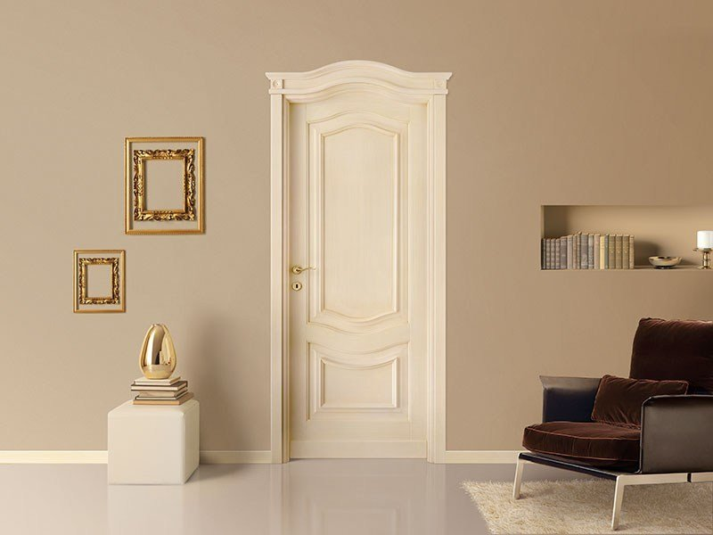 Lacquered solid wood door CORNICI by LEGNOFORM