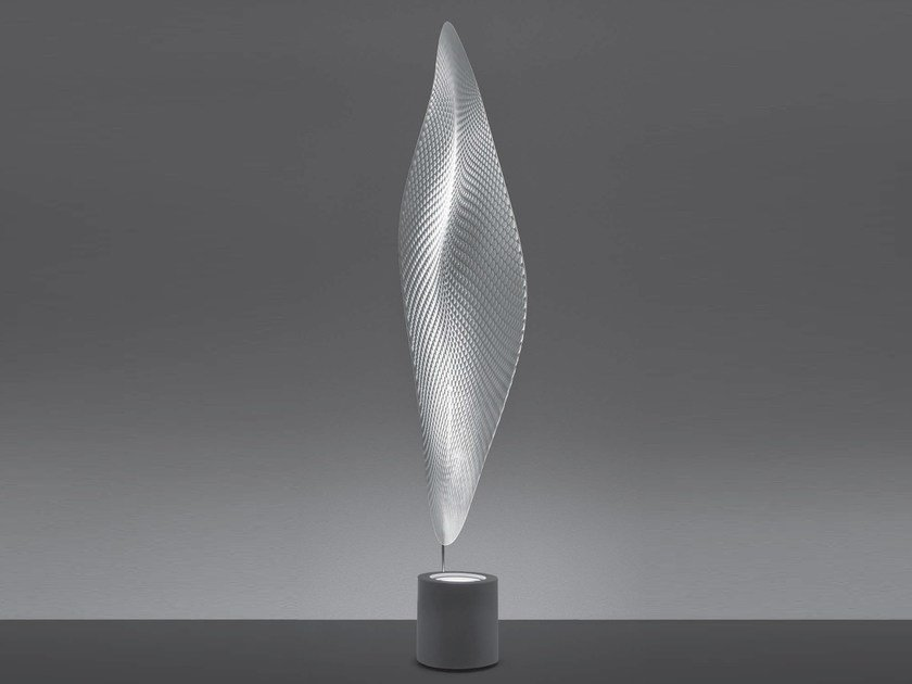 Indirect light floor lamp COSMIC LEAF | Floor lamp by Artemide
