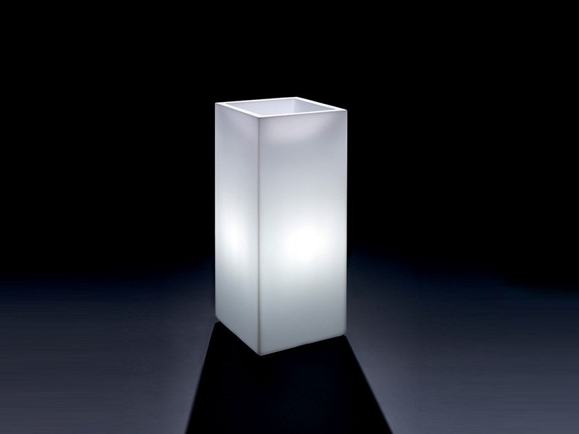 Square polyethylene plant pot with light COSMOS QUADRATO | Plant pot with light by Lyxo Design