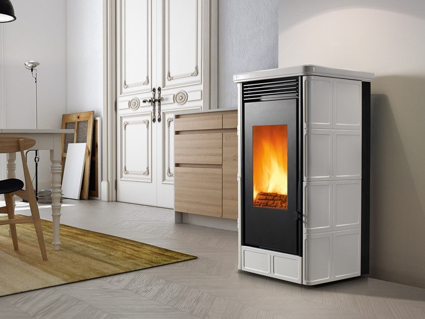 Wood-burning Class A wall-mounted faïence stove COUNTRY XW | Wood-burning stove by CAMINETTI MONTEGRAPPA
