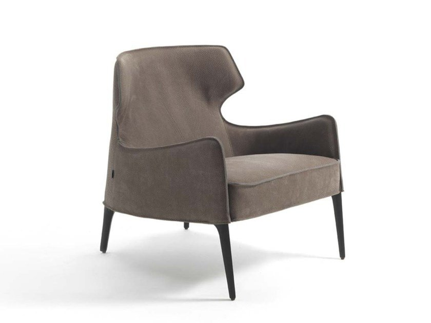 Bergere leather armchair CROSBY | Leather armchair by Frigerio Salotti