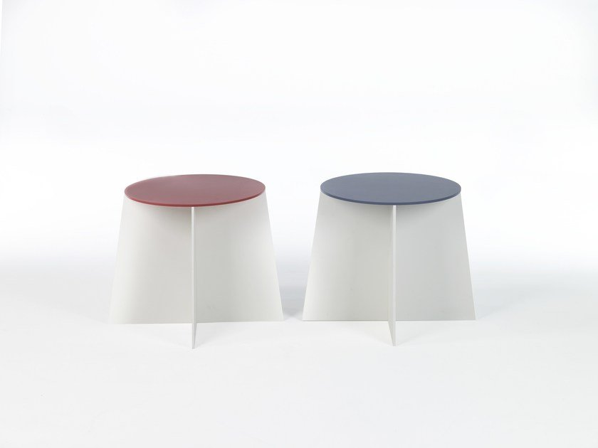 Lacquered round coffee table CROSS 50 by Moca