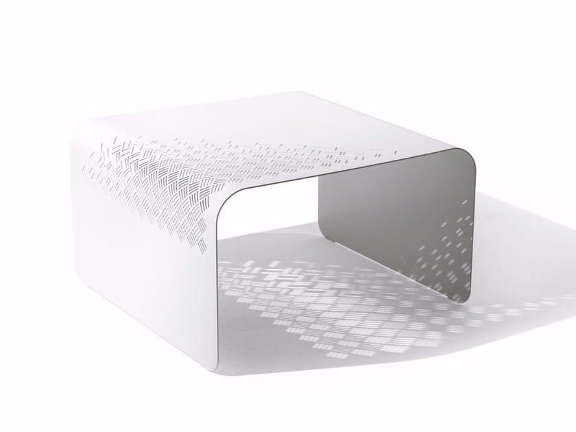 Steel coffee table CROSS | Coffee table by Varaschin