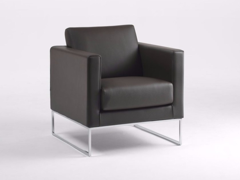 Sled base armchair with armrests CUBIC BASE F | Armchair by Marelli