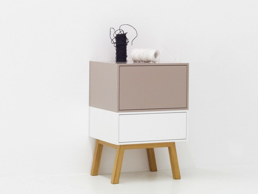 Lacquered modular side table CUBIT | Side table by Cubit by Mymito