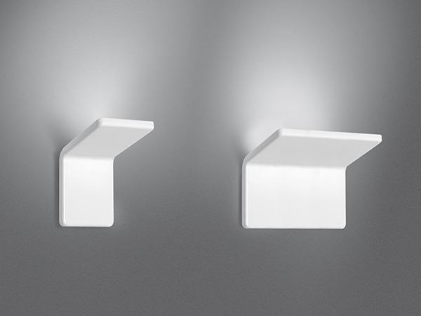 Indirect light aluminium wall light CUMA by Artemide
