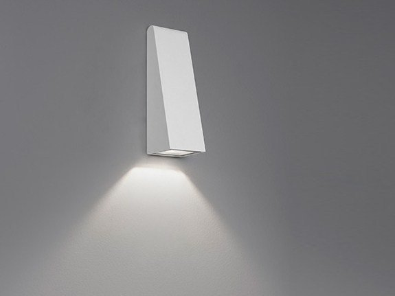 Lampada da parete a LED a luce diretta in alluminio pressofuso CUNEO MINI by Artemide