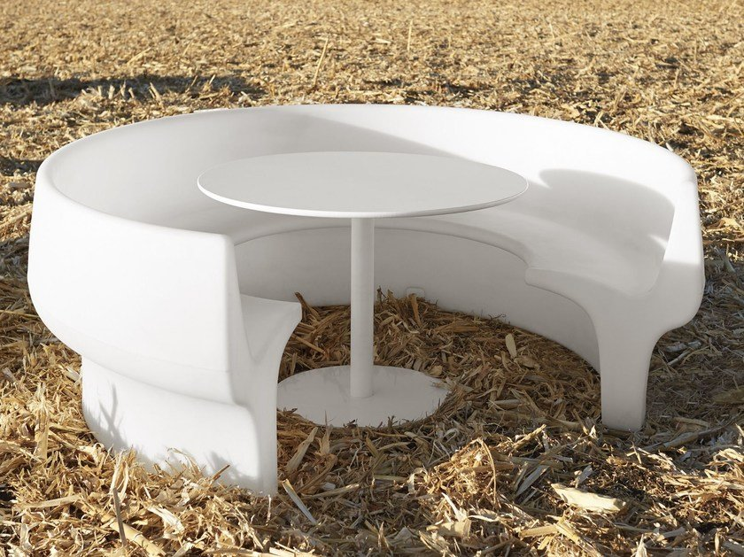 Table for public areas with benches CUP by Derlot Editions