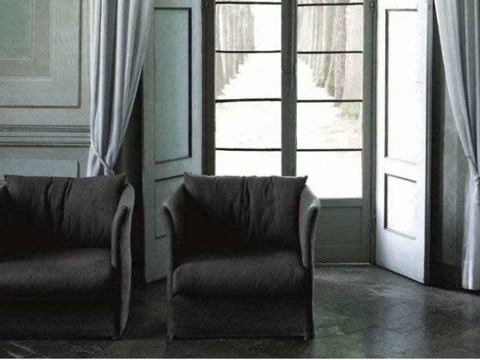 Armchair with removable cover with armrests CURVE by Living Divani