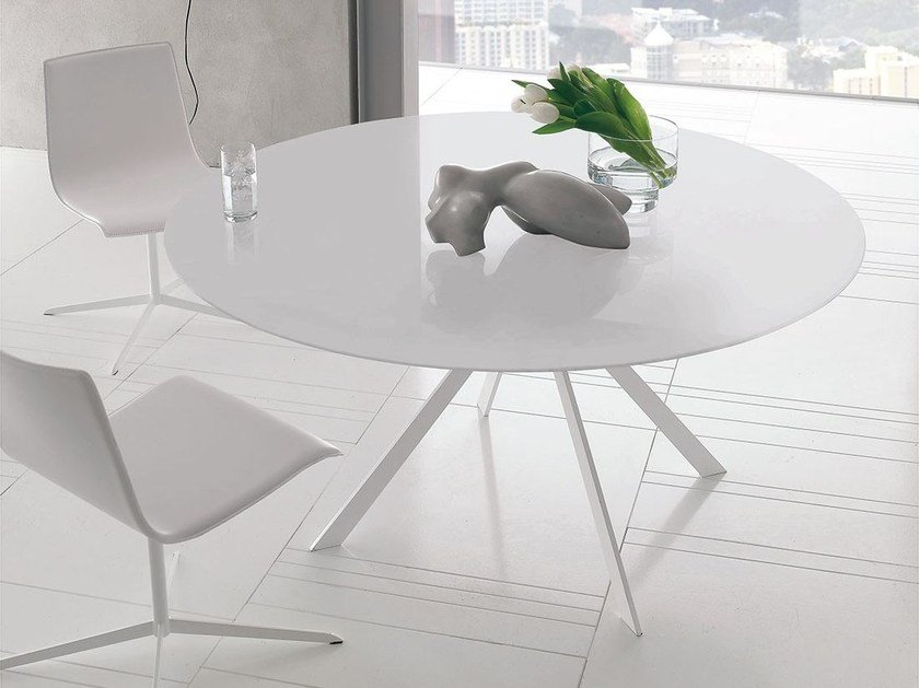 Round steel table CUT | Round table by ALIVAR