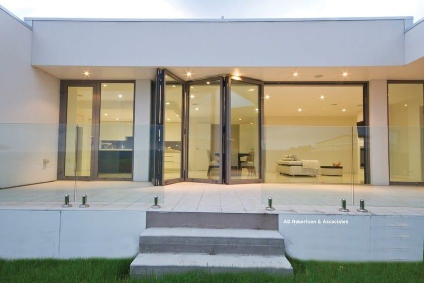 Aluminium folding window Concept Folding 77 by Reynaers Aluminium