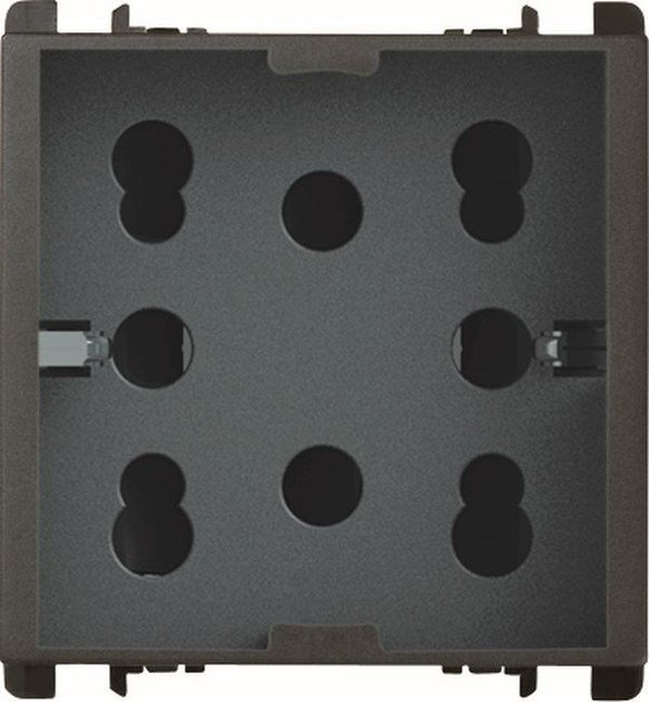 Multiple electrical outlet MULTY by Simon Urmet