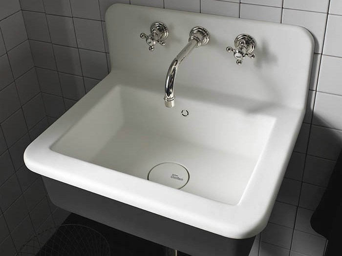Corian® washbasin Corian® ENERGY by DuPont Protection Solutions