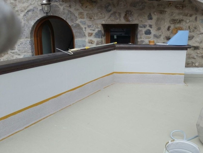Water repellent water-based paint Cryl Finish 205 by Triflex Italia