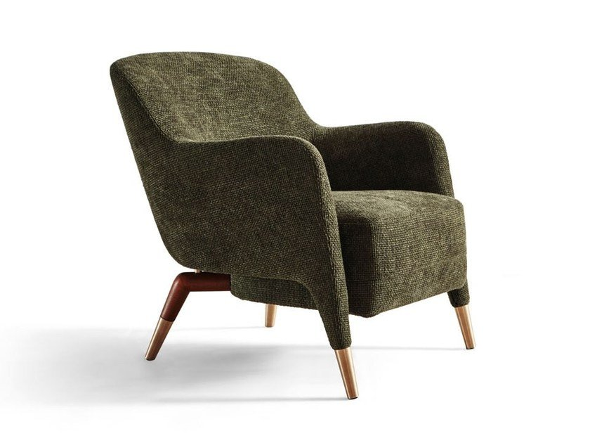 Armchair with armrests D.151.4 by Molteni