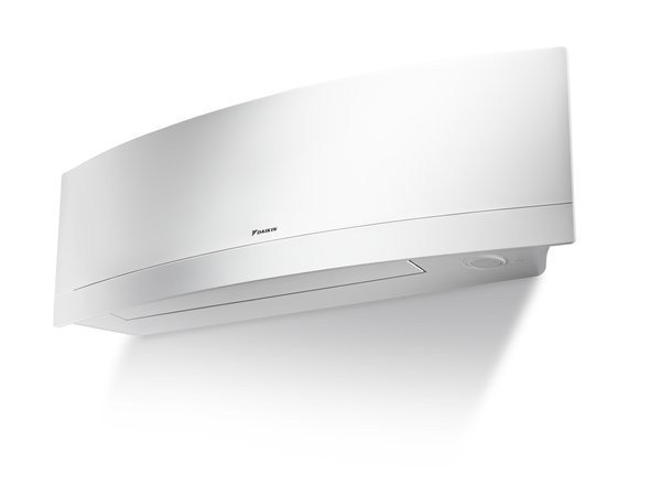 Split air conditioner DAIKIN EMURA FTXG-LW by DAIKIN Air Conditioning