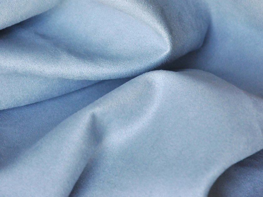 Solid-color reversible polyester fabric DAIM by LELIEVRE