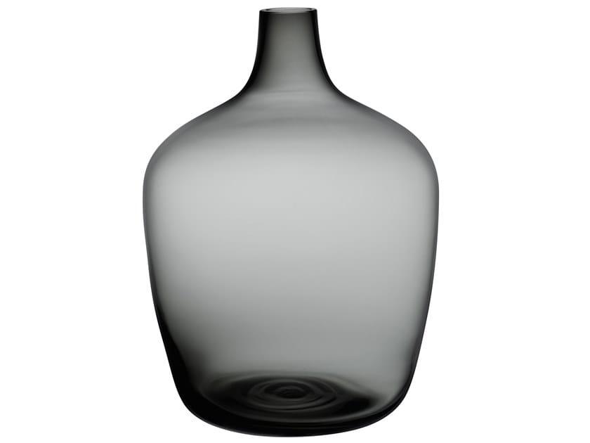 Crystal vase DAME JEANNE | Vase by NUDE