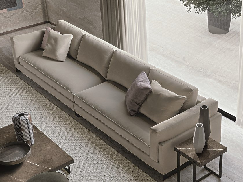 Sensational Davis In Leather Sofa By Frigerio Salotti Gmtry Best Dining Table And Chair Ideas Images Gmtryco