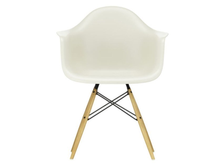 Polypropylene chair with armrests DAW | Polypropylene chair by Vitra