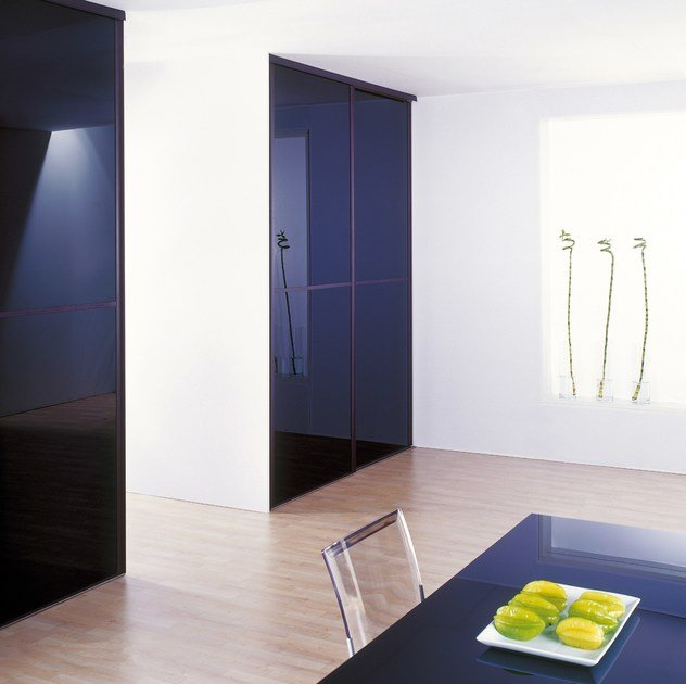 Lacquered glass for interior decoration DECOLAQUE by Glassolutions