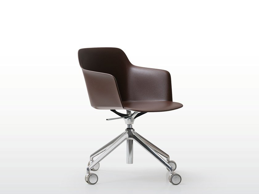 Polypropylene chair with armrests with casters DEEP PLASTIC | Chair with casters by Quinti Sedute