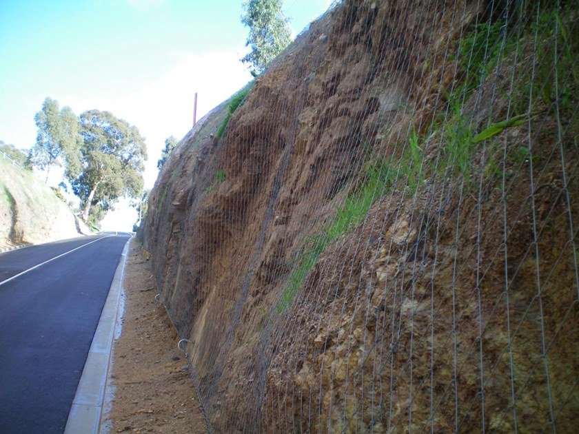 Slope stabilization Protective mesh DELTAX® by GEOBRUGG
