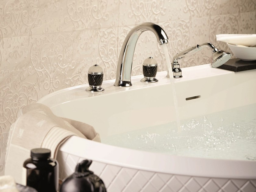 DELUXE   4 hole bathtub tap DELUXE Collection By newform