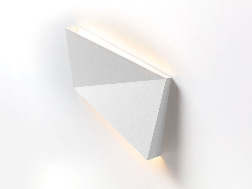 LED wall light DENT   Wall lamp by Modular Lighting Instruments