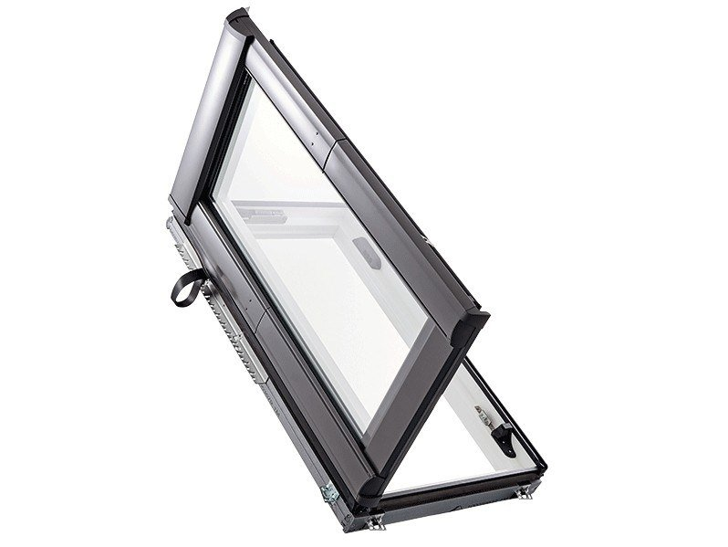 Casement PVC roof window DESIGNO WDA R8 by Roto