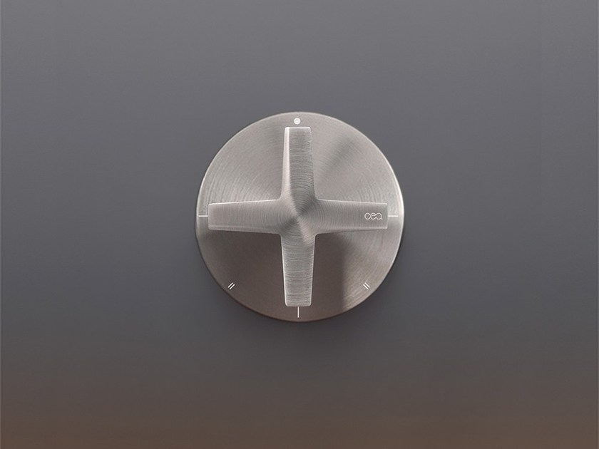 Stainless steel diverter DEV 15 by Ceadesign