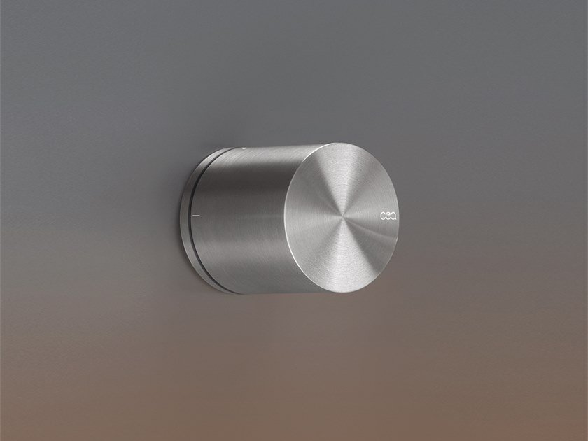 Stainless steel diverter DEV 17 by Ceadesign