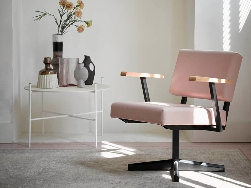 Easy chair with 4-spoke base with armrests DF28 by De Machinekamer